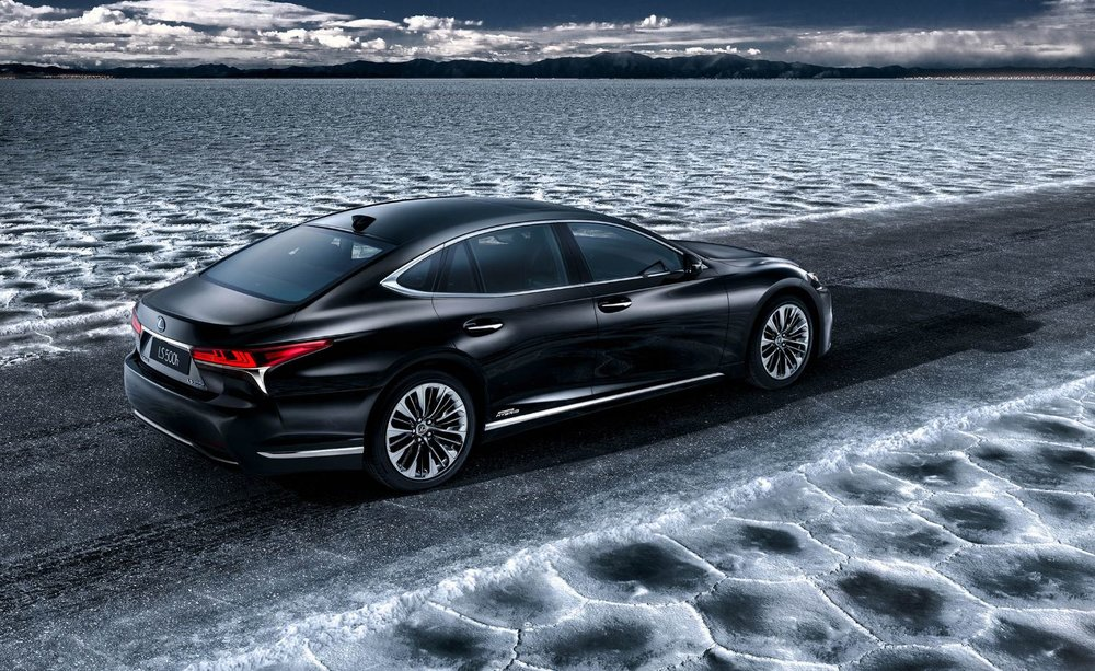 2018 Lexus LS500h to debut at 2017 Geneva Motor Show