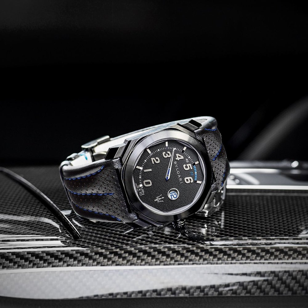 The GranSport has a steel case with a black DLC coating.